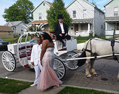 Carriage Limousine Service - Horse Drawn Carriages: Our one of a kind Cinderella Carriage at a Prom in Farrell PA