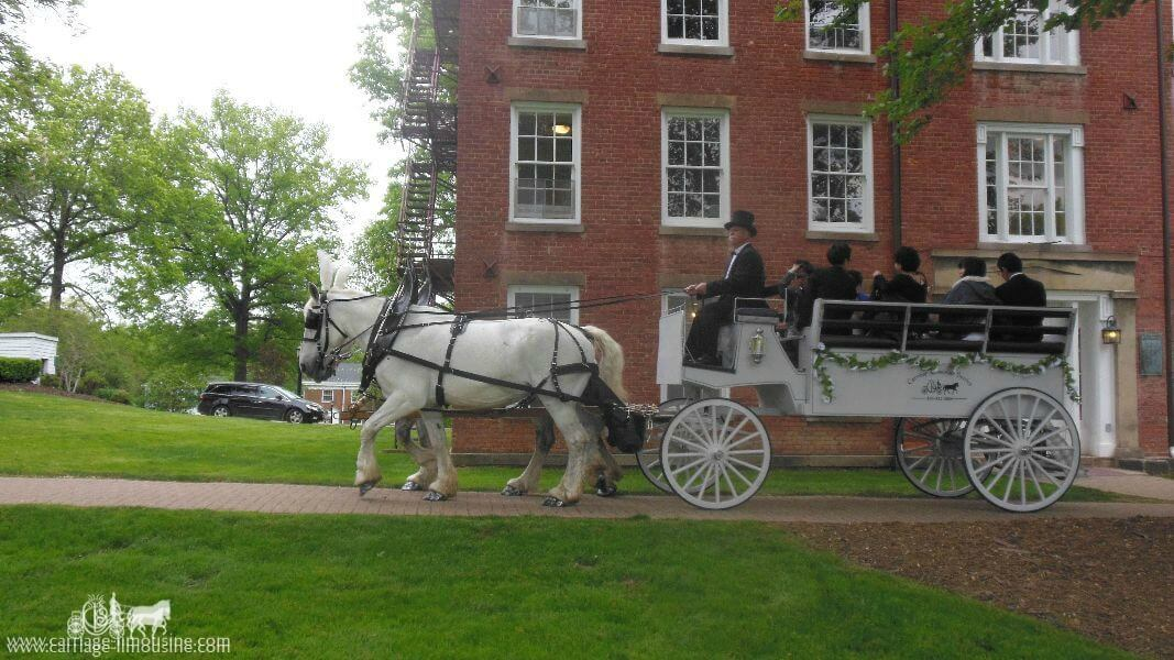 The Limousine Carriage taking a group to their prom in Hudson Ohio